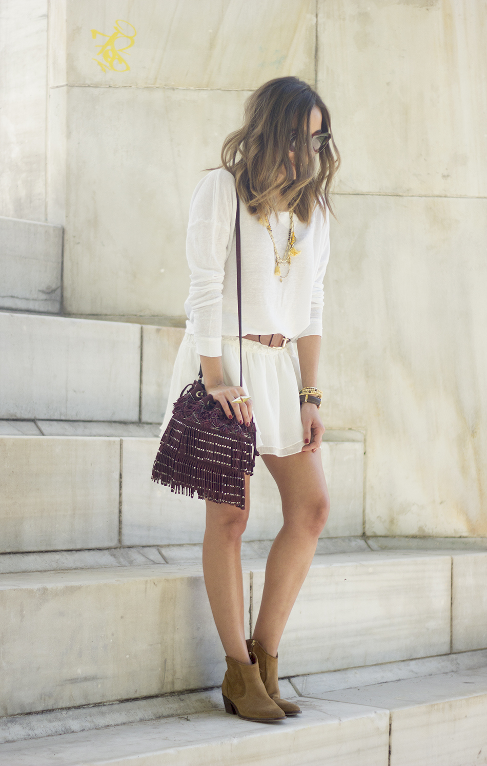 White casual outfit with brown booties and burgundy bag19