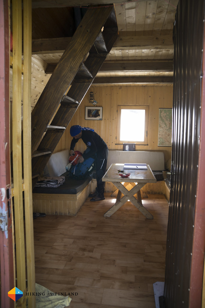 Vrutak Hut inside