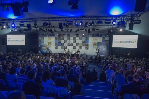 Ségoléne Royal inaugure les espaces Générations climat de la société civile