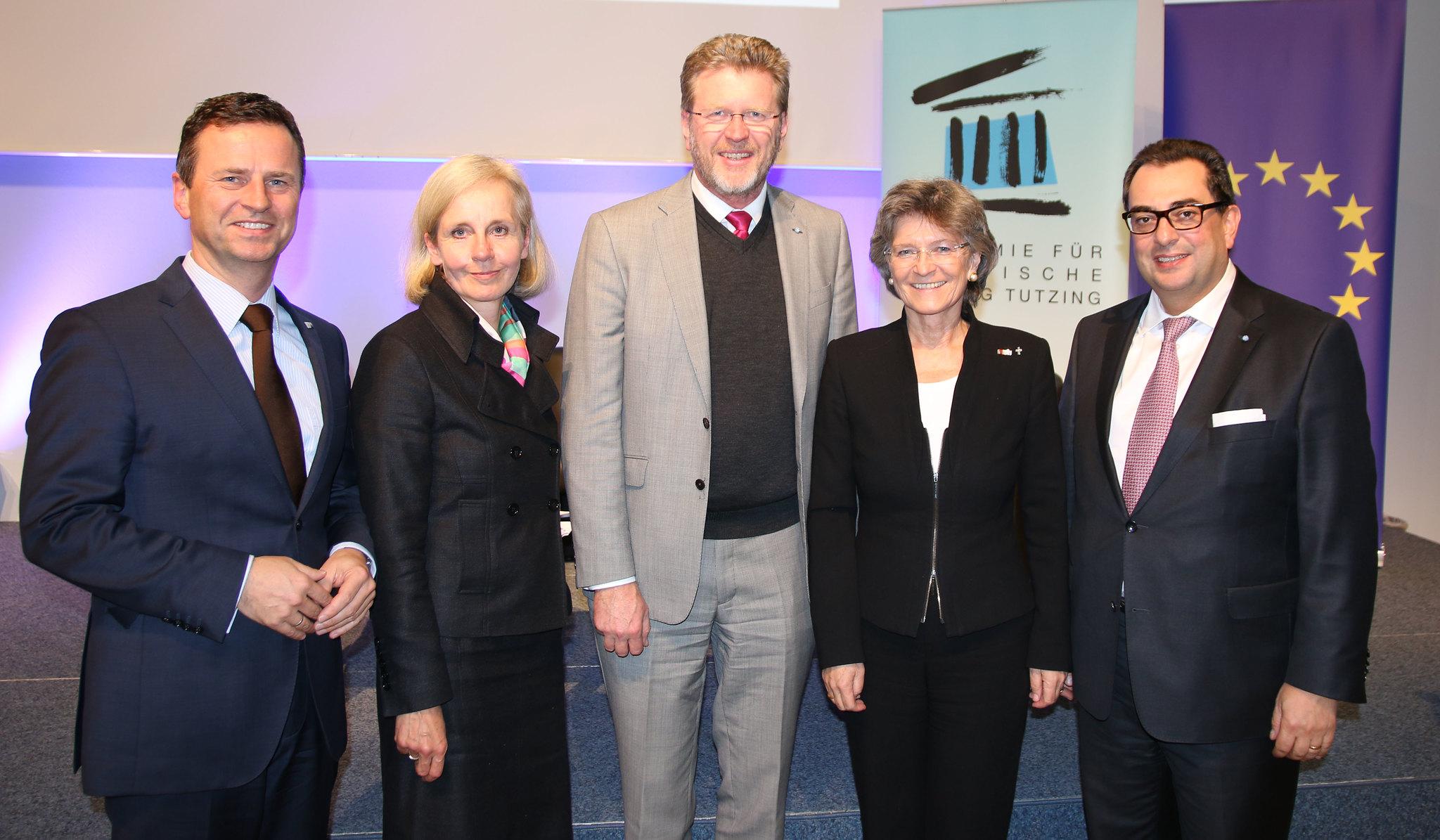 Gastgeber und Diskutanten: Manfred Gößl, Ursula Münch, Marcel Huber, Susanne Breit-Kessler und Stavros Konstantinidis.