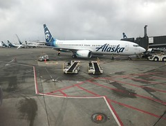 Alaska Airlines Boeing 737-800 N557AS