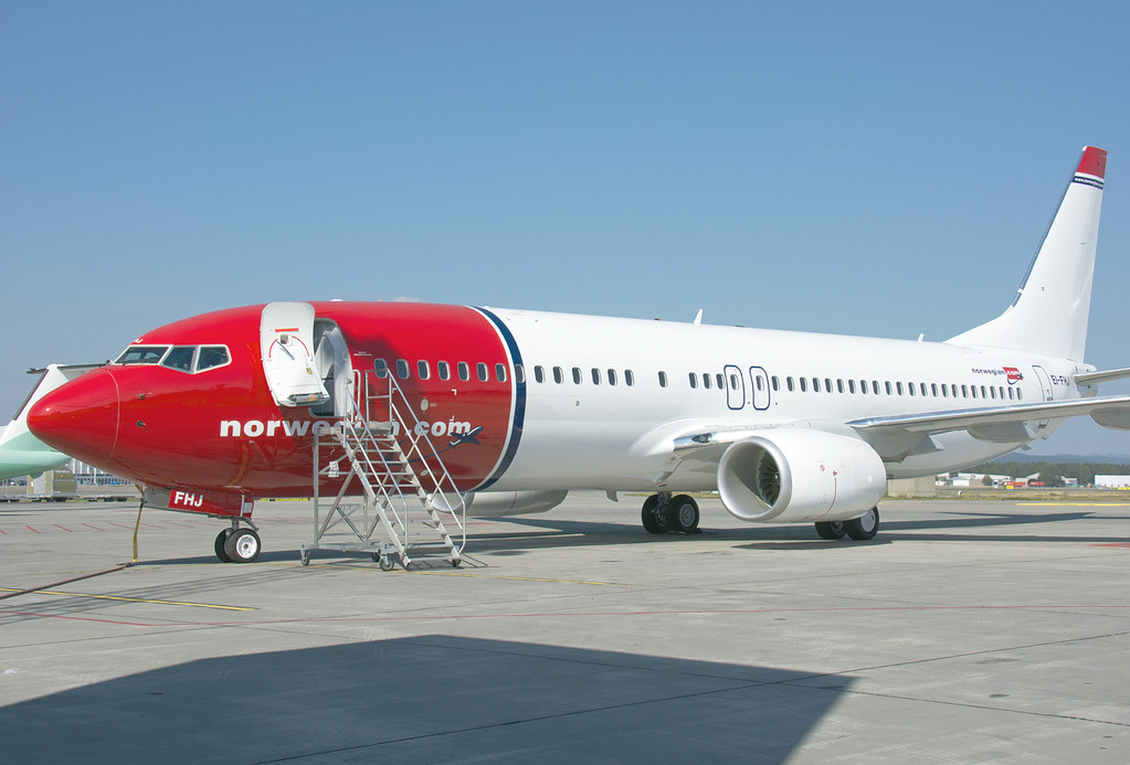EI-FHJ - B738 - Norwegian Air International