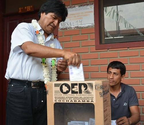 Votará Bolivia en 2016 sobre relección de Morales