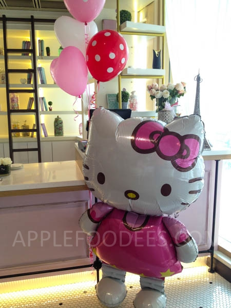 hello-kitty-balloon-3