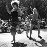 dancers_88wb