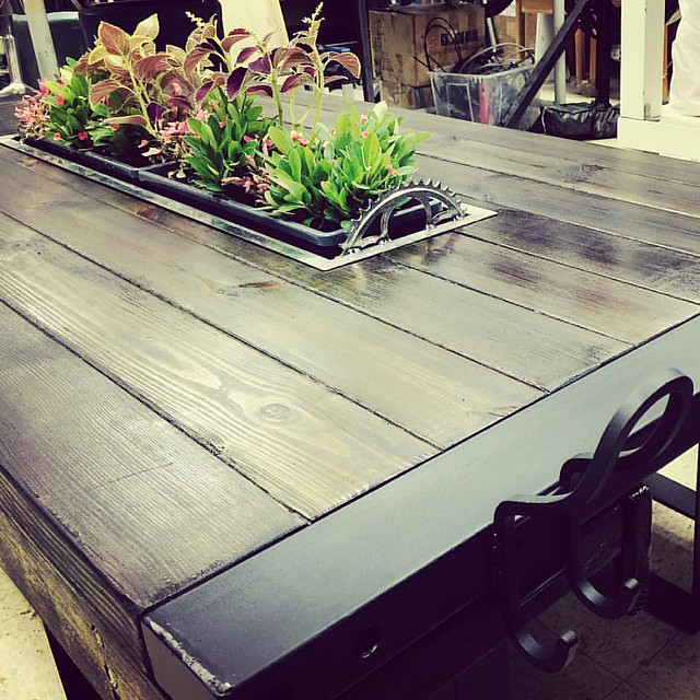 Rooftop table DIY. Deco with greens #metalwork #woodwork #rooftop #table #diy #making #greening