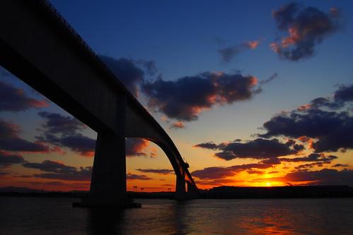 bridge sunset cloud nature japan clouds pen dusk olympus shimane tottori sanin nakaumi eshima epl6