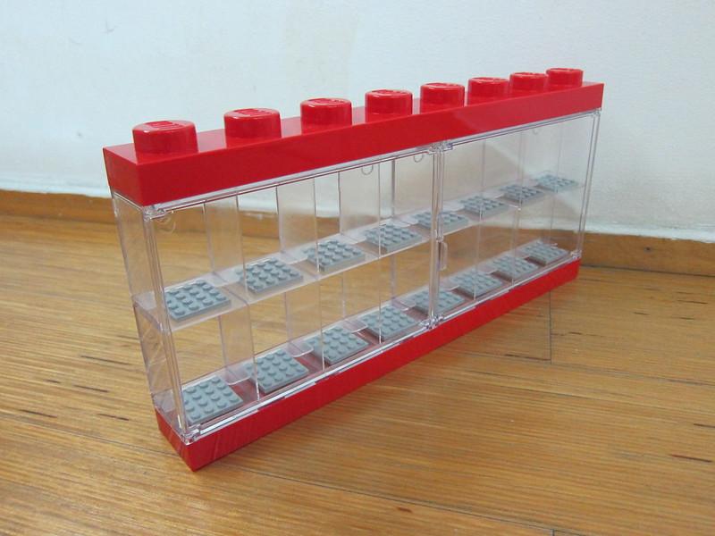 LEGO Minifigure Display Case 16