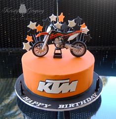 The world 39 s best photos of cake and motorbike flickr for Decoration ktm