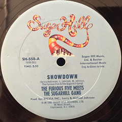THE FURIOUS FIVE,THE MEETS SUGARHILL GANG:SHOWDOWN(LABEL SIDE-A)