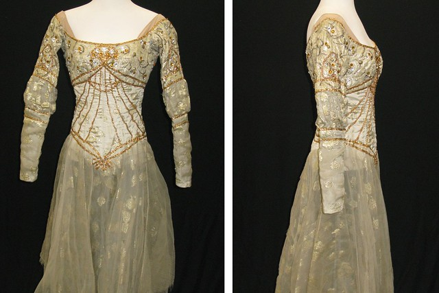 Dress worn by Margot Fonteyn as Juliet in Act I scene 4 of Romeo and Juliet (1965), front and side view © ROH