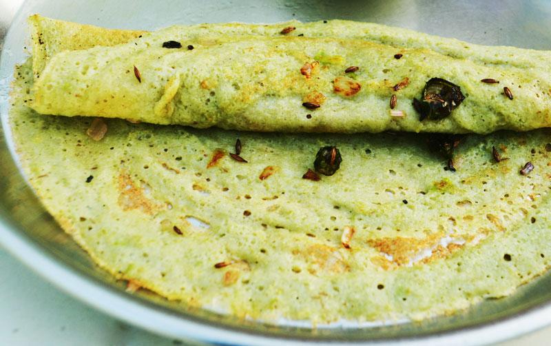 Andhra Pesarattu/ Moong Dhal Dosa Recipe