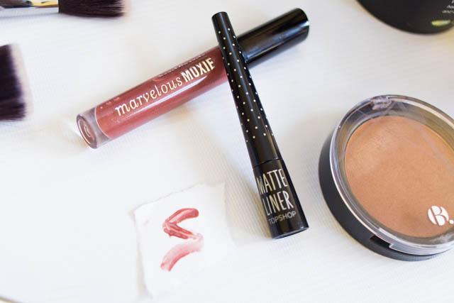 Topshop Matte Liquid Eyeliner Bare Minerals Marvellous Moxxie Maverick lip gloss