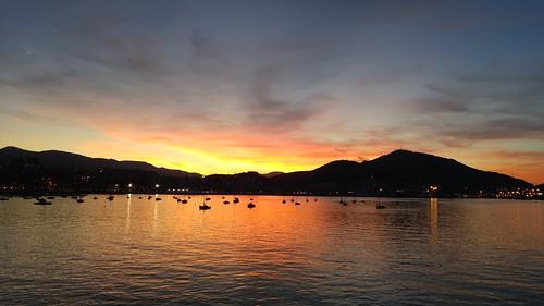 Anochecer otoñal en Las Arenas (Getxo)