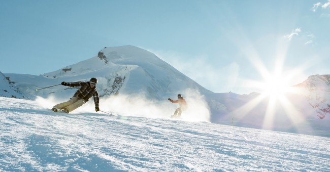 Alllalin Gletscher - šest kilometrů dlouhý ledovec ve středisku zimních sportů