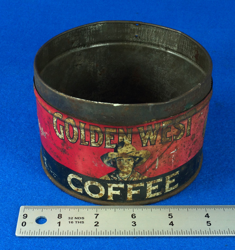 RD15323 Vintage 1927 Golden West Coffee Can Tin 1 lb. Cowgirl DSC09105