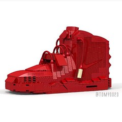 Tom Yoo is the artist behind all the  sneaker Lego creations. See more of his creations at PsychoPandaStreetwear.com and vote on Lego's website at this link  https://ideas.lego.com/projects/102586  #sneakerhead #artistic #artwork #lovewhatyoudo #dmv #diy