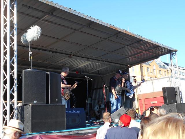 Mielenosoitus Helsingissä hallituksen leikkauspolitiikkaa vastaan 22.8.2015 - 20