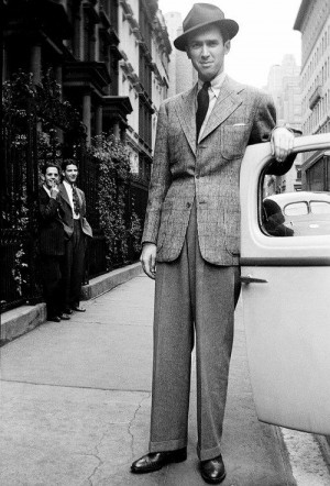 James-Stewart-photographed-by-Norma-Forss-1939-mens-sportcoat-suit-300x442