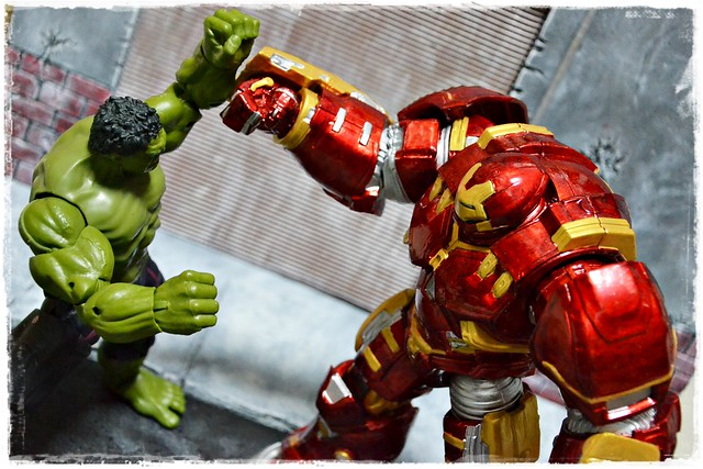 Marvel Legends - Hulkbuster wave