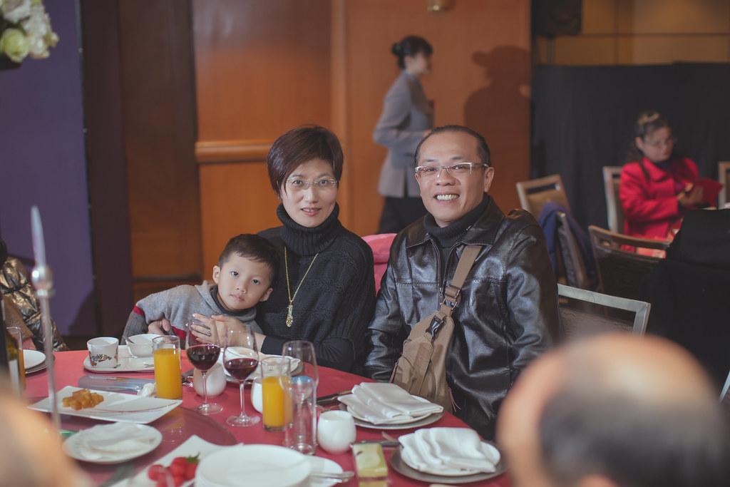 20150228六福皇宮婚禮記錄婚攝 (194)