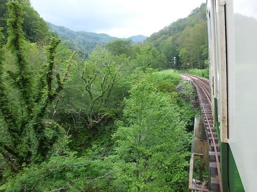 大白川~只見間の無人地帯を走る車窓より、2015年8月撮影