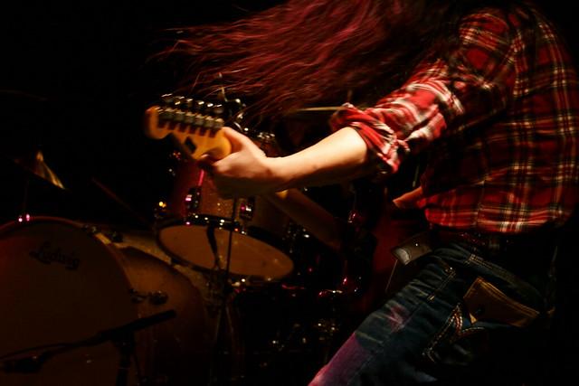 O.E. Gallagher (Taste cover) live at Outbreak, Tokyo, 19 Dec 2015. 300