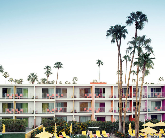 Palm-Springs-hotel_webready