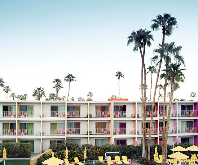 Palm-Springs-hotel_webready
