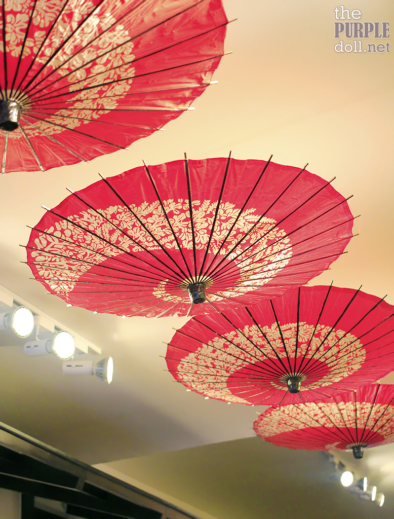 Decorative parasols at Rosanjin