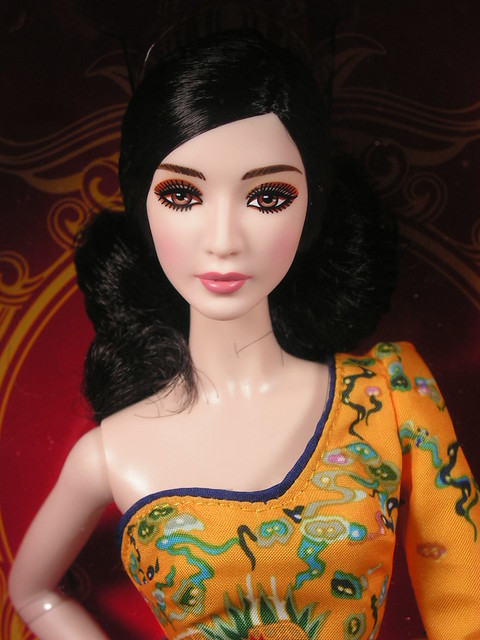 2013 Barbie Fan Bingbing BCP97 (1)