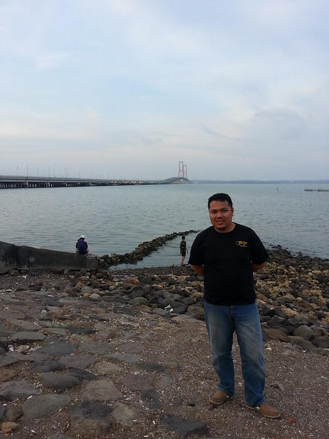 Me with Suramadu Bridge
