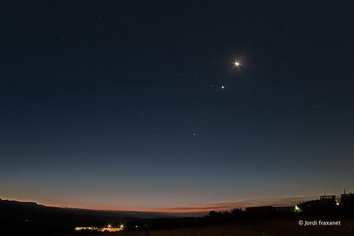 Conjunció planetària i lluna