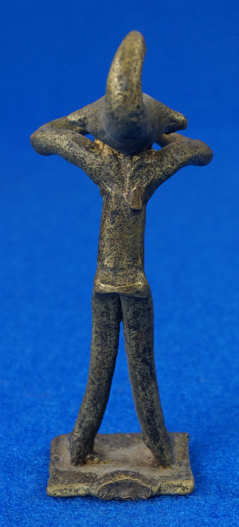 RD14630 4 Vintage African Hand Made Folk Art Primitive Figurines Solid Cast Brass Burkina Faso Yoruba West Africa DSC07085