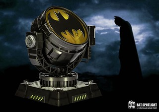 Hero Club 《蝙蝠俠》 Movie Prop - 1/6比例【蝙蝠探照燈 Bat Spotlight】