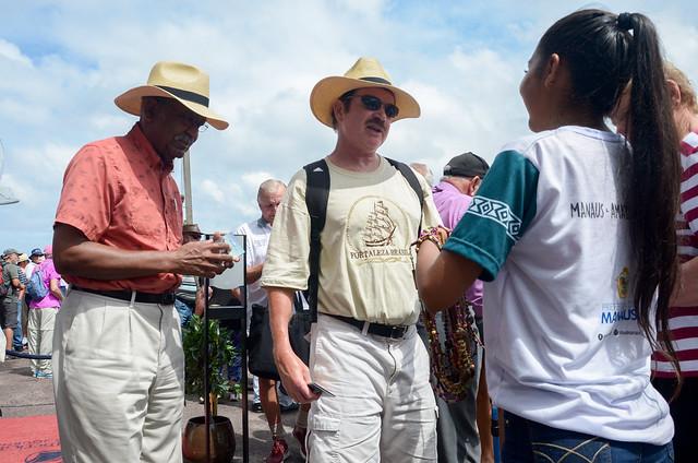 Navio inglês chega sexta em Manaus com mais de dois mil turistas