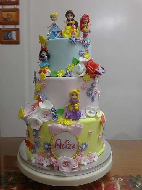 Disney PrincessEs Cake by Party Elves PH
