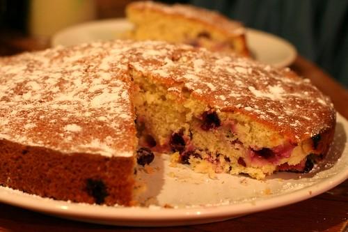 Cevizli Üzümlü Kek Nasıl Hazırlanır?