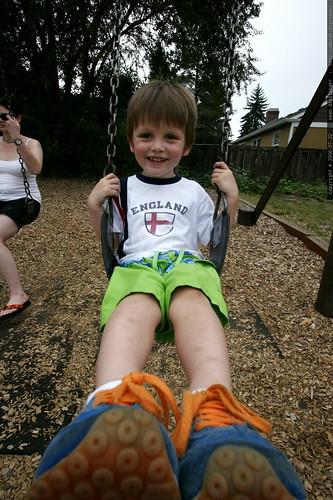 swinging big kid    MG 9038