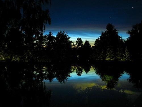 reflection night canon g6 noctilucentclouds natureslight