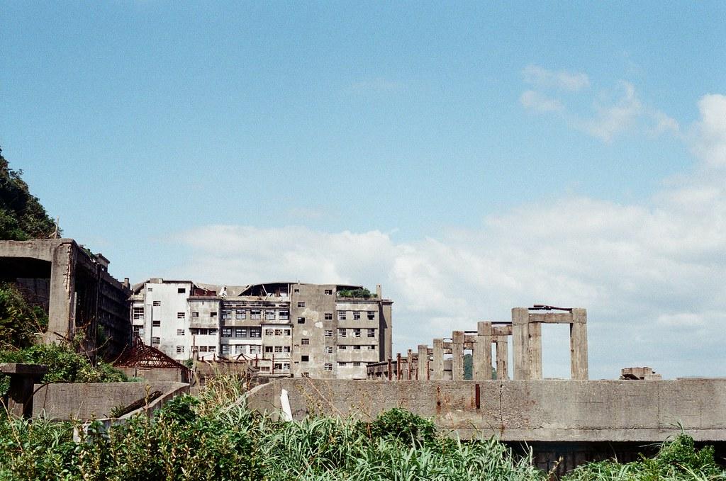 軍艦島(Gunkanjima)  端島 長崎港 Nagasaki 2015/09/07 軍艦島一景  Nikon FM2 / 50mm Kodak UltraMax ISO400 Photo by Toomore