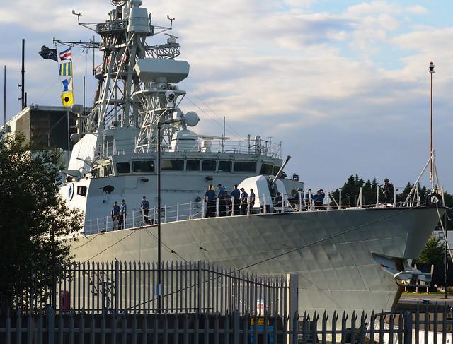 HMCS Winnipeg (5) @ KGV Lock 19-09-15