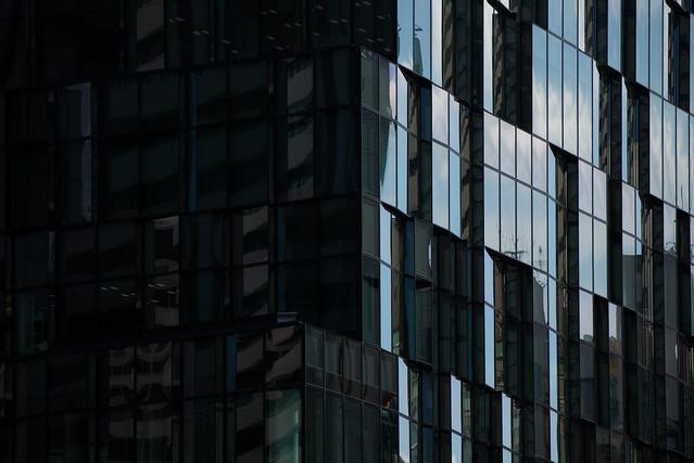 Detail of Fukoku Mutual Life Insurance Company Osaka Building (大阪富国生命ビル)
