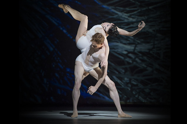 Natalia Osipova and Edward Watson in Connectome © ROH/Bill Cooper, 2015