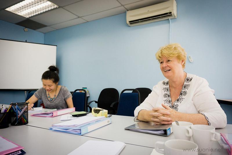 Sharon Bakar writing class