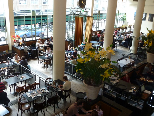 Cafe brasserie Dudok interieur