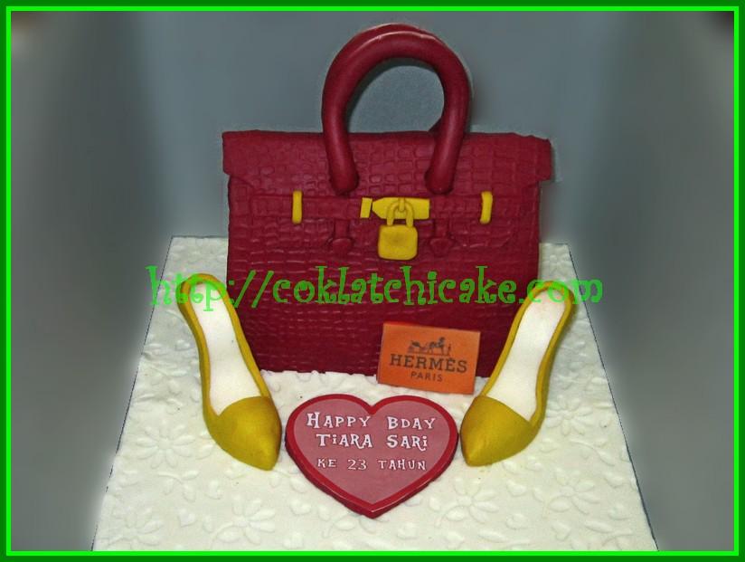 Cake Tas Hermes dan Sepatu high heels loubotin