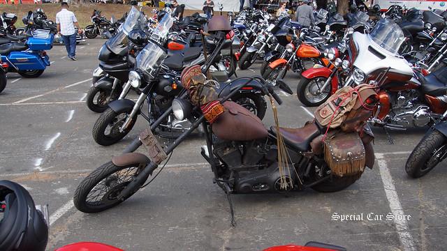 Biker parking at the Love Ride 32