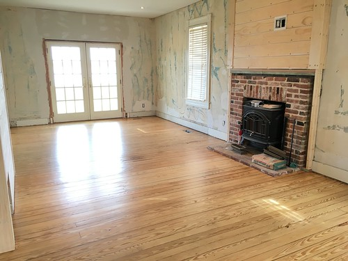 Bringing A Damaged Heart Pine Floor Back From The Brink Old Town Home