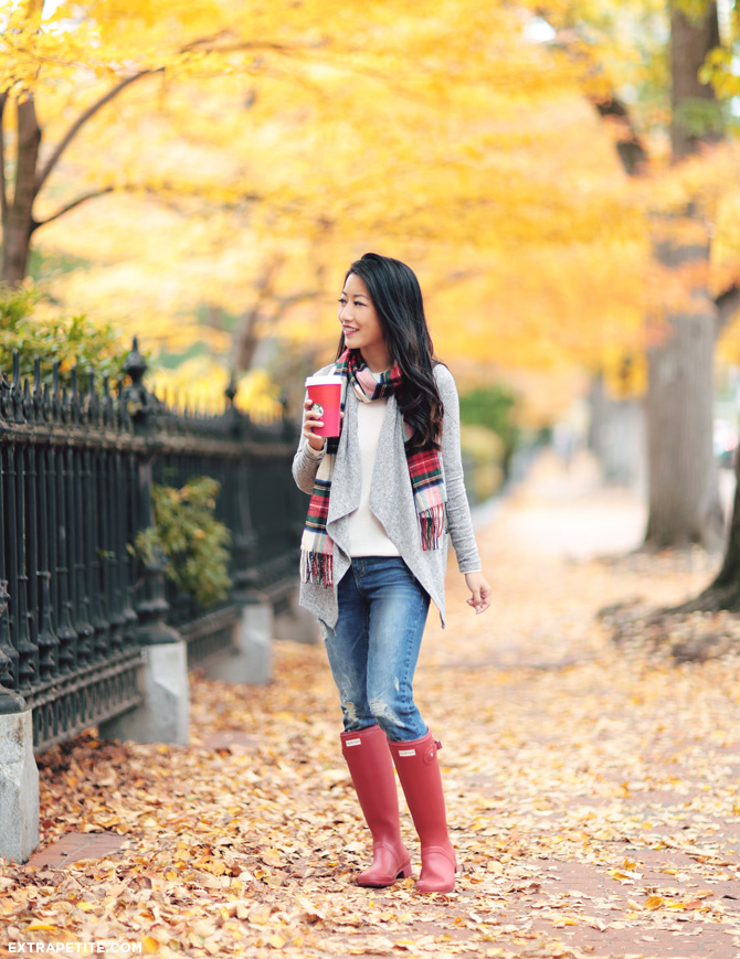 holiday outfit tartan scarf red hunter boots